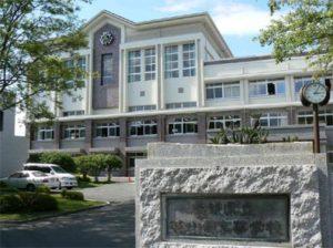 松山東高校の偏差値を紹介